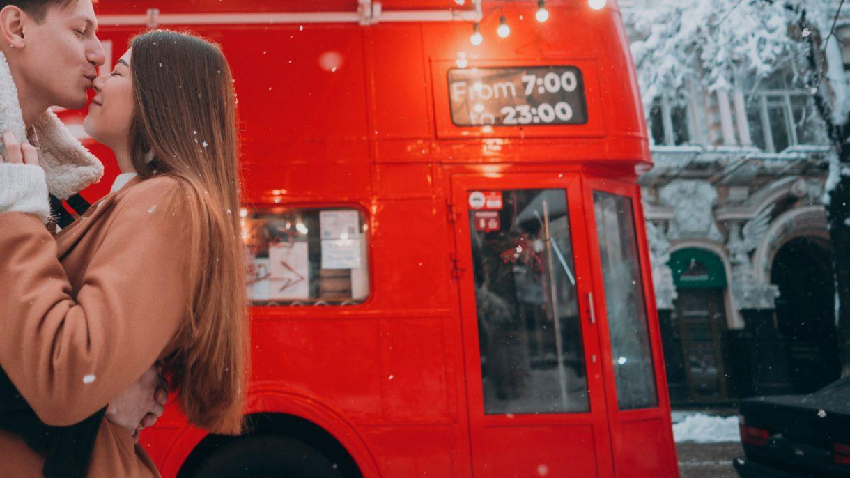 אוטובוס אדום לונדון, תחבורה ציבורית לונדון