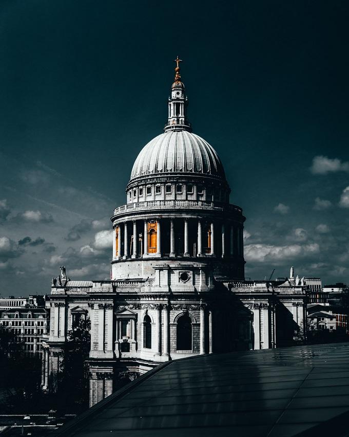 מדריך לונדון נהגוס